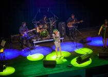 Helena Vondráčková oslavila 50 let na scéně i v brněnském Sono Music Clubu.