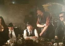 Medvěd 009 –  kapela plná gangsterů!